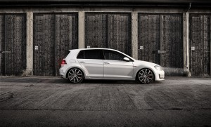 LQ IMG 6126And11more tonemapped1 300x181 VW Golf GTI